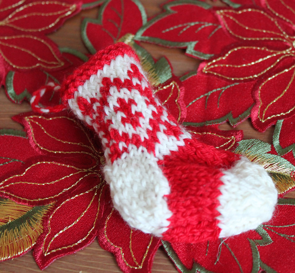 Mini Christmas Stocking Knitting Pattern Free Mini Christmas Stocking With